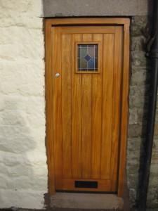 DOOR1_10