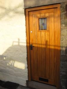 DOOR1_33