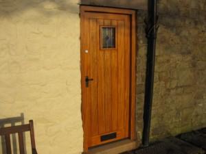 DOOR1_35
