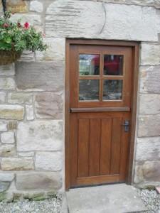 DOOR1_70