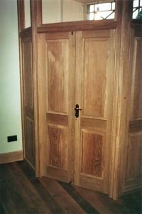 DOOR_105