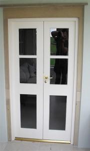 DOOR_121