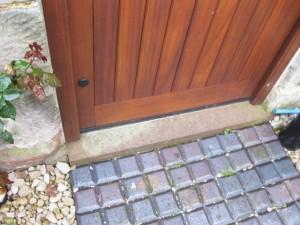DOOR_132